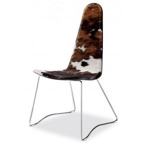 Dizaina krēsls RAGA no ekspozīcijas