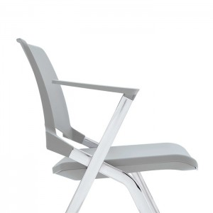 Krēsls ar roku balstiem KEY-OK