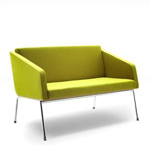 Sofa Fin 2 ar roku balstiem / metāls-hroms