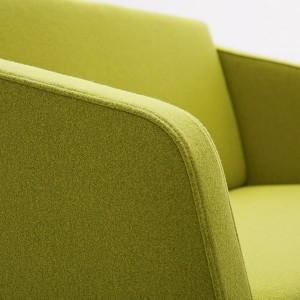 Sofa Fin 2 ar roku balstiem / koks