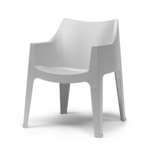 Plastmasas krēsls COCCOLONA ar roku balstiem (no ekspozīcijas)